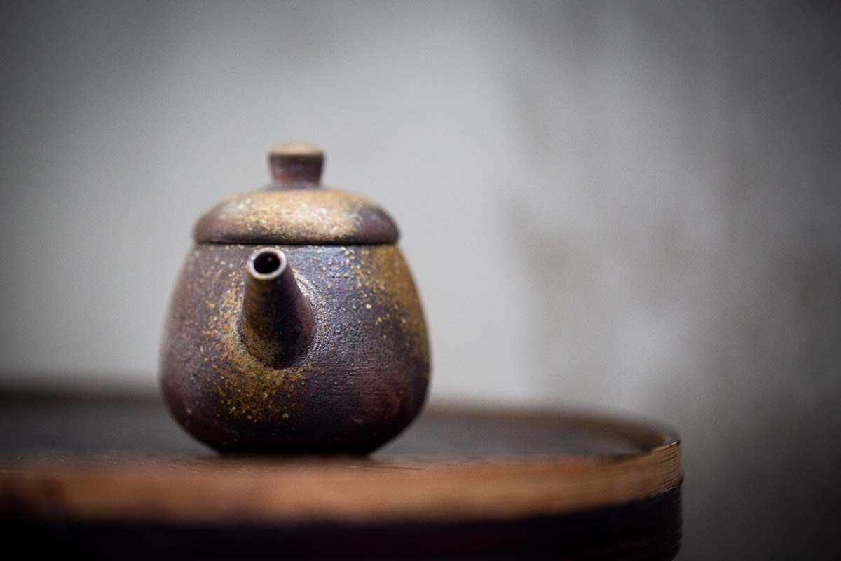 Sublime Wood Fired Teapot – Guang